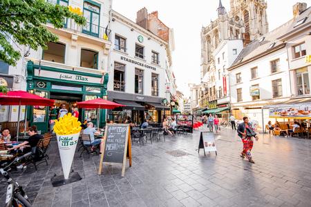Straatzicht in Antwerpen stad Redactioneel