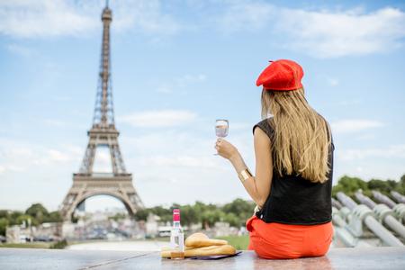 Woman having a picnic in Paris