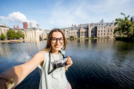 Vrouw in Haag, Nederland Stockfoto