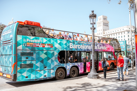 Tourist bus in Barcelona Redakční