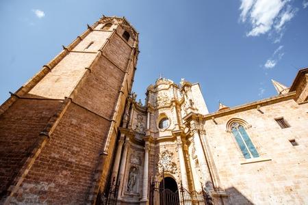 발렌시아 도시, 스페인의 오래 된 마을에서 우리의 레이디의 발렌시아의 가정의 성당에서 볼 스톡 콘텐츠
