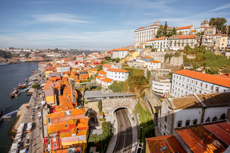 Top view on the Douro river with Ribeira region in the old town of Porto city, Portugal Imagens