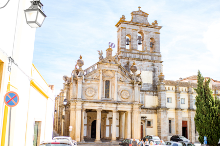 Evora 도시, 포르투갈 Convento de Nossa Senhora da Graca 교회의 외관에서 볼 스톡 콘텐츠
