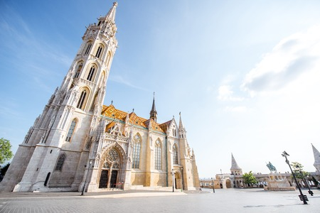 Morning view on the famous Matthias church on the Trinity square in Budapest, Hungary Reklamní fotografie - 103636190