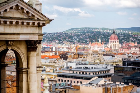 Aerial cityscape view from saint Stephen church on the old town with Parliament building in Budapest city, Hungary Stockfoto