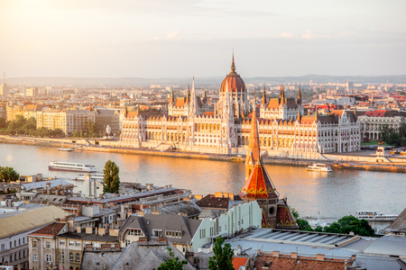 Cityscape view with famous Parliament building during the sunset light in Budapest, Hungary 스톡 콘텐츠 - 105233807