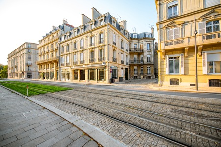 Street view with beautiful old buildings in Reims city in Champagne-Ardenne region, France Standard-Bild