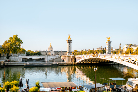 Alexandre bridge on Seine river during the morning light in Paris Stockfoto