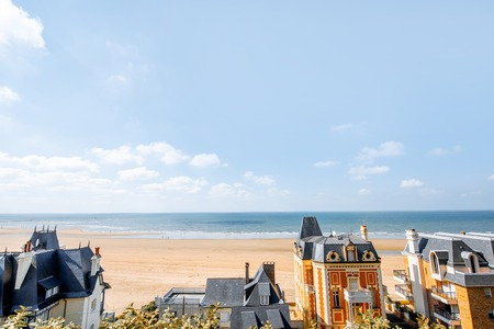 Rooftops of the luxury houses near the beach in Trouville, famous french resort in Normandy Banque d'images - 110688859