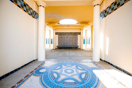 DEAUVILLE, FRANCE - September 06, 2017: Hall of the basin of the famous locker rooms dedicated to the film actors on Planches promenade in Deauville 版權商用圖片 - 127882667
