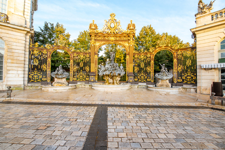 Morning view on the Stanislas square with Golden gate in the old town of Nancy city, France 版權商用圖片