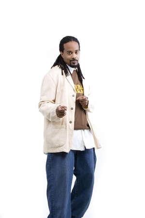 白い背景の上のアフリカ系アメリカ人男性モデル