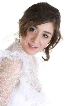 bridal gown: Modelo de Morena en Bridal Gown sobre un fondo blanco