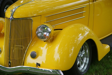 OLD YELLOW HOOD AND FENDER