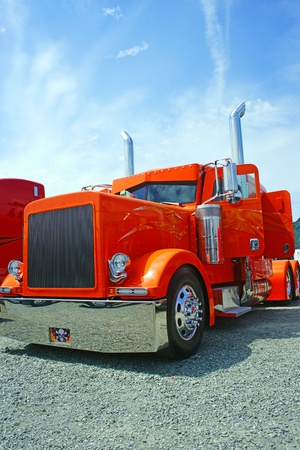 paints: Orange dump truck