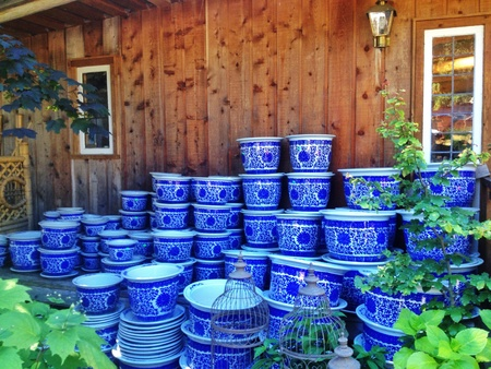 pitting: Lots of pots for the garden  Stock Photo