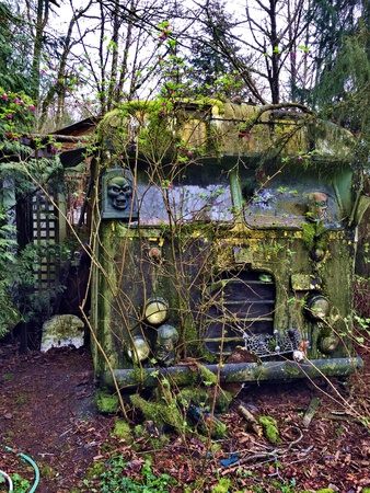 old bus: This old bus sit in the field in Aldergrove B.C. Stock Photo