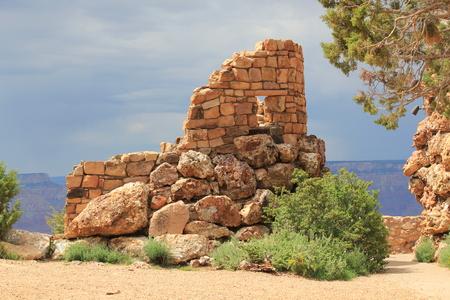 グランドキャニオンのサウスリムの古代建築物 写真素材