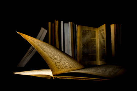 legal document: Libros Antiguos