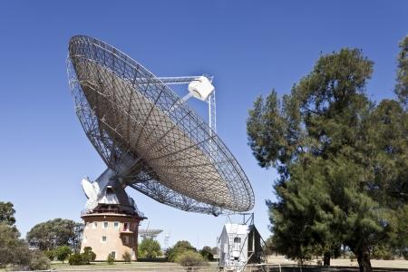 オーストラリアのパークスで電波望遠鏡の皿 写真素材 - 24978403
