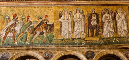 wise men: I tre Magi che portano doni (a sinistra) e Madonna col Bambino e Angeli (a destra)