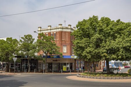 View of heritage buildings of the town of Parkes, located in New South Wales, Australia 写真素材 - 137638616
