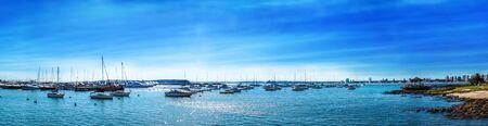 Panoramablick von Punta del Este Strand und Yachthafen