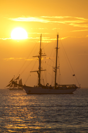 Key West Florida Sunset Sailing View From Mallory Square Фото со стока - 24473678