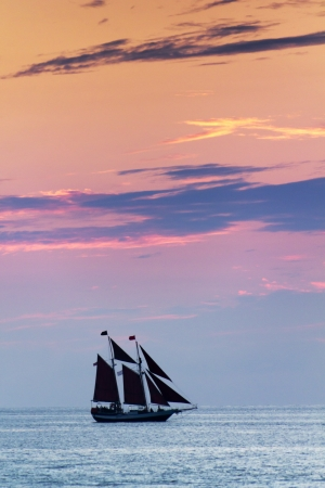 Beautiful Sunset Sail In Key West Florida and the Gulf of Mexico Фото со стока - 24473685