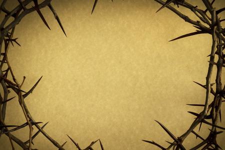 Corona de espinas representa a Jesús de la crucifixión el Viernes Santo Foto de archivo - 26618482