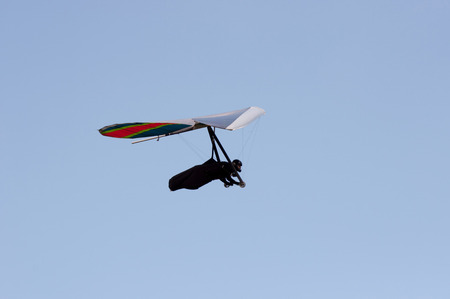 gliding: freedom of hang gliding