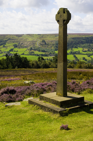 moors: Rosedale Abbey Millennium Cross North Yorkshire Moors Stock Photo