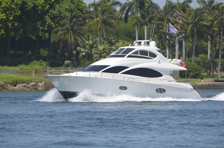 charter: Luxury sport fishing boat cruising on the intracoastal headed to open ocean fishing grounds