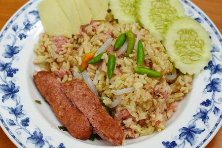 plato del buen comer: Arroz frito con cerdo agrio
