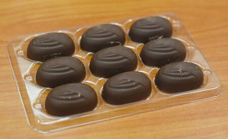 crunchy: Chocolate Almond