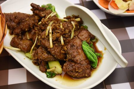Fried pork liver with vegetable chinese food Imagens
