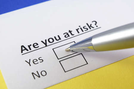 One person is answering question about risk. 版權商用圖片