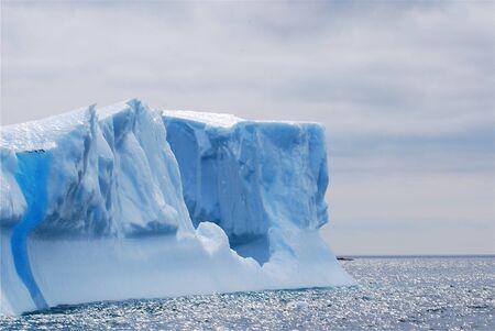 Iceberg in St  Anthony 版權商用圖片
