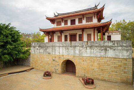 旧台南市街の門
