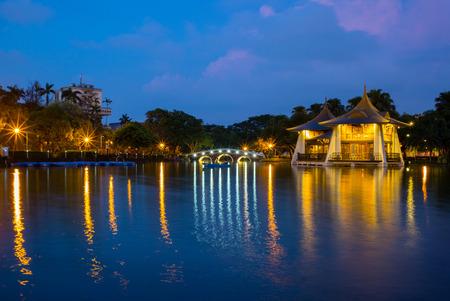 台中公園の夜景