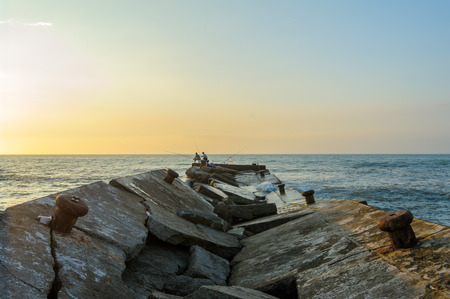 collapsed: collapsed jetty to the sea