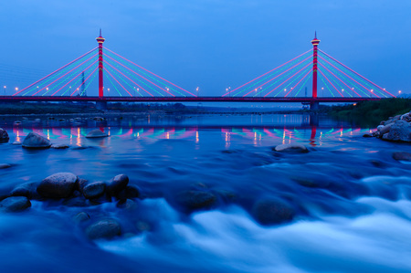 megyeri: Suspension bridge at night in Miaoli, Taiwan Stock Photo