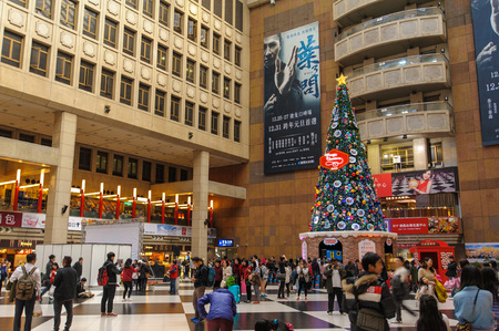 huge christmas tree: A huge Christmas Tree in the lobby of taipei main station for the holiday