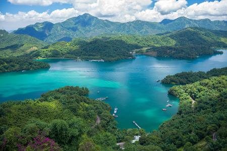 jezior: Krajobraz jeziora Sun-Moon w Nantou w Tajwanie Zdjęcie Seryjne
