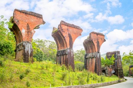 Ruïnes van Long-teng Bridge, Miaoli County, Taiwan