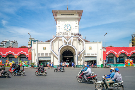 The entrance of Saigon Central Market, also known as Ben Thanh market, one of the earliest surviving structures in Saigon and an important symbol of Ho Chí Minh City 報道画像