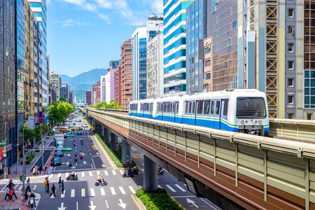 文山と台北の高速輸送システムの内湖線 写真素材