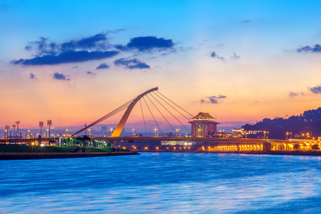 night view of taipei city by the river at dusk Stock Photo - 85855929