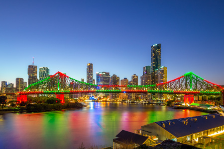 brisbane with story bridge in australia at night