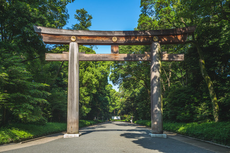 Torii leading to the Meiji Shrine in tokyo, japan 報道画像